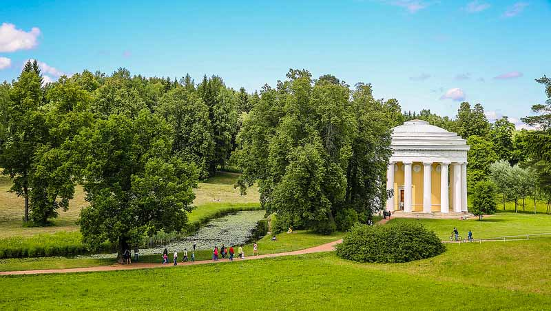 top things to do St petersburg Summer Gardens