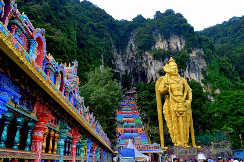 New look Batu caves KL Murugan temple