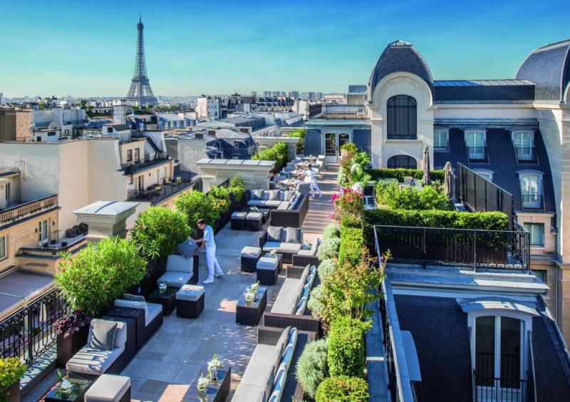 Eiffel tower best view hotel the peninsula Paris