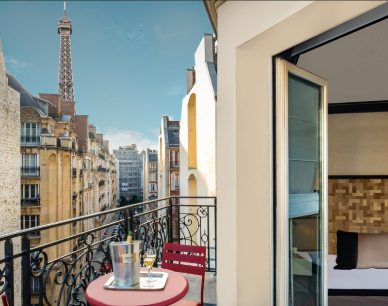 Hotels in Paris with view of the Eiffel Tower Derby Alma