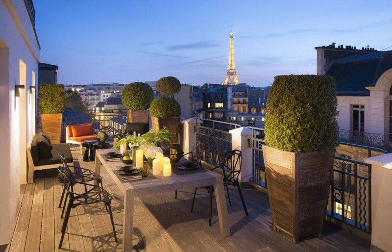 Paris Hotel with view of Eiffel tower Marignan Champs-Elysees