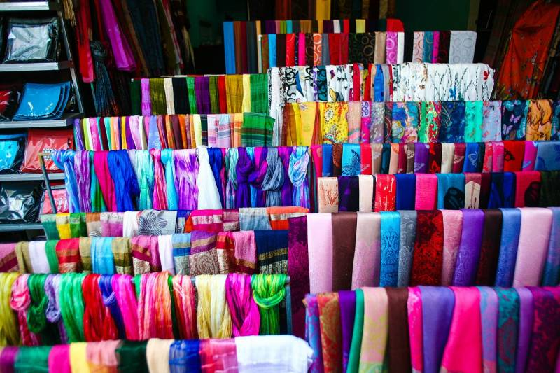Silk products vietnam things to buy gifts souvenir